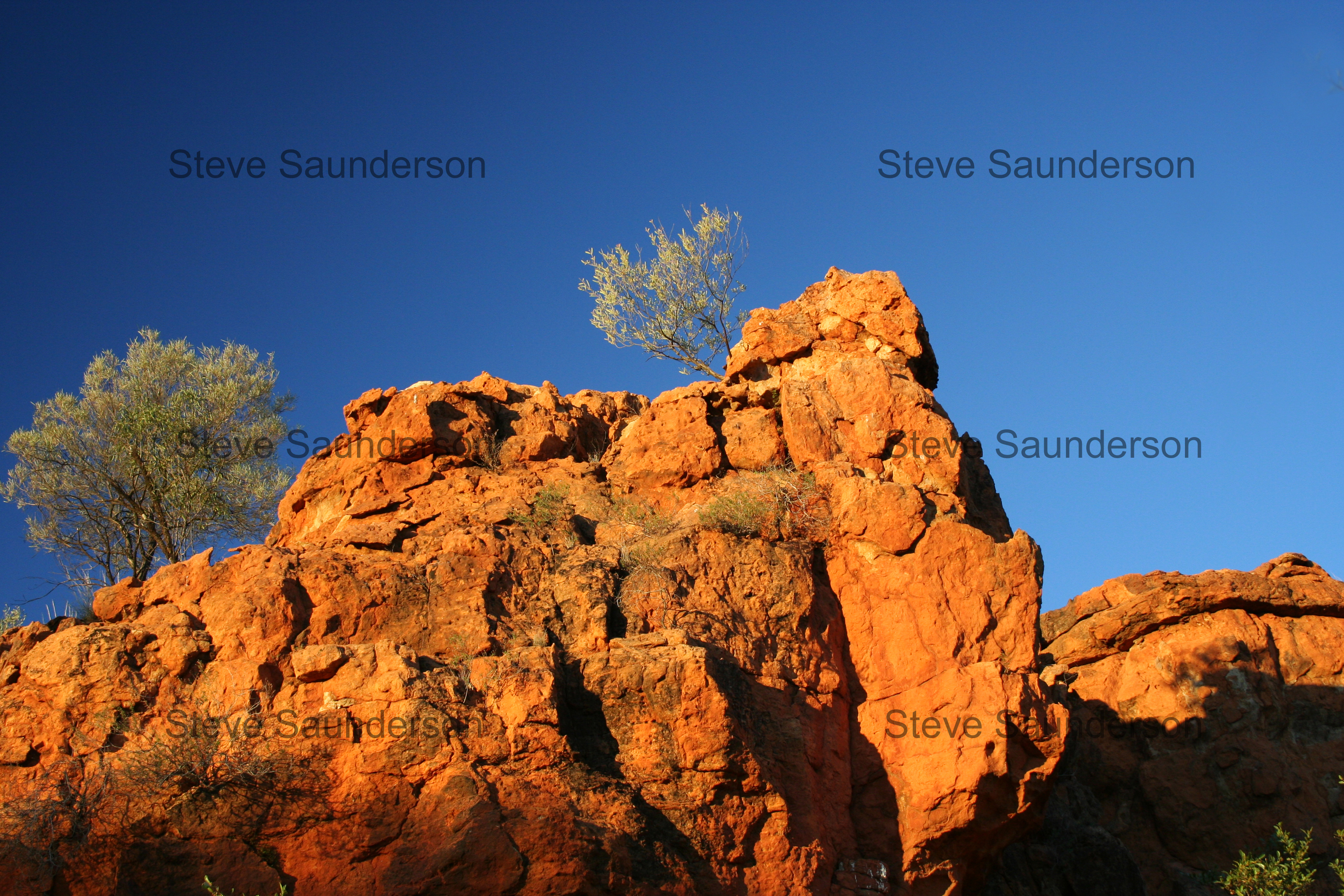 Red Centre Cliff Screenshot